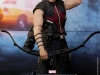 the-avengers-hawkeye-limited-edition-collectible-figurine-hot-toys-1