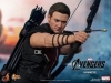 the-avengers-hawkeye-limited-edition-collectible-figurine-hot-toys-14