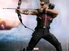 the-avengers-hawkeye-limited-edition-collectible-figurine-hot-toys-3