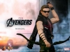 the-avengers-hawkeye-limited-edition-collectible-figurine-hot-toys-6