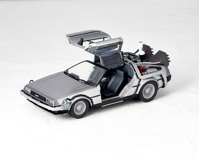 Index of /wp-content/gallery/20152516-movierevo-delorean