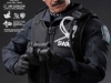 the-dark-knight-lt-jim-gordon-collectible-figurine-hot-toys-toy-faire-2012-exclue-8
