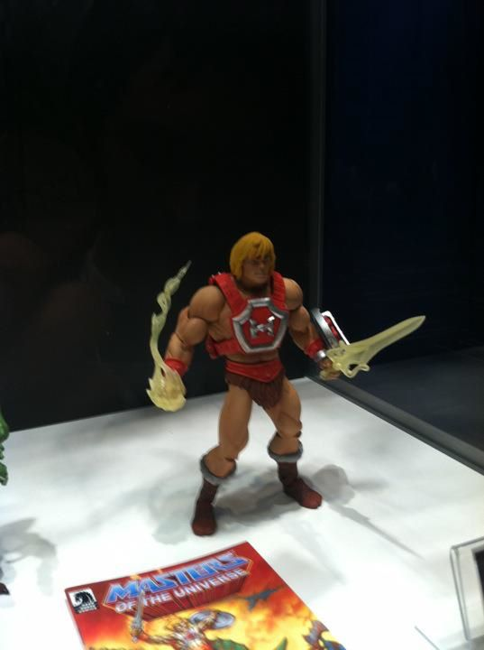 HE MAN THUNDER PUNCH MASTERS OF THE UNIVERSE CLASSIC POWER CON
