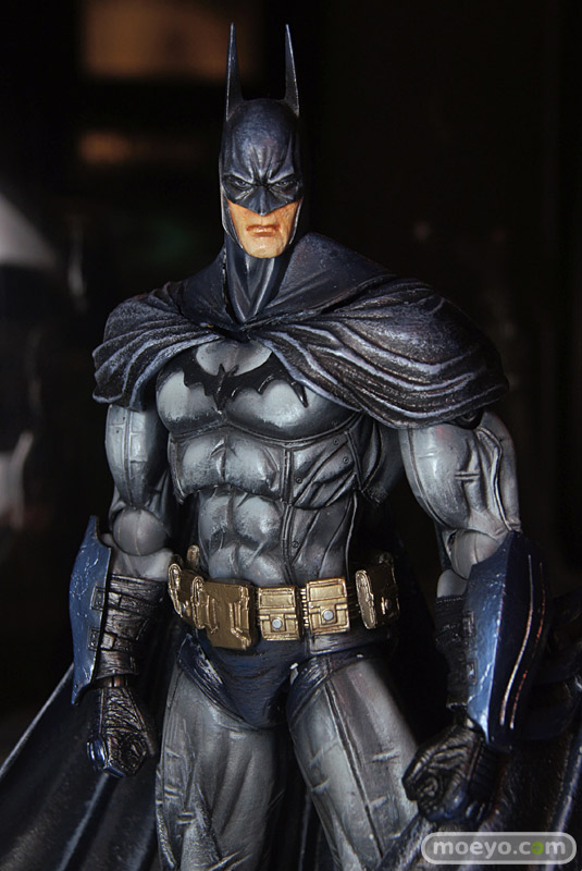 New Play Arts Kai Batman Arkham Asylum