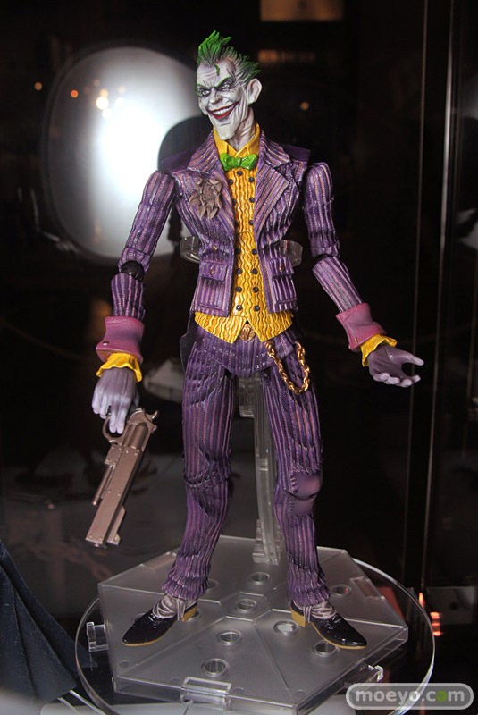 New Play Arts Kai Batman Arkham Asylum Joker