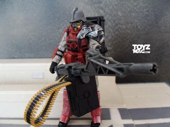 iron grenadier équipé