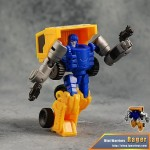 Review -Transformers - MW-02 Rager aka Huffer
