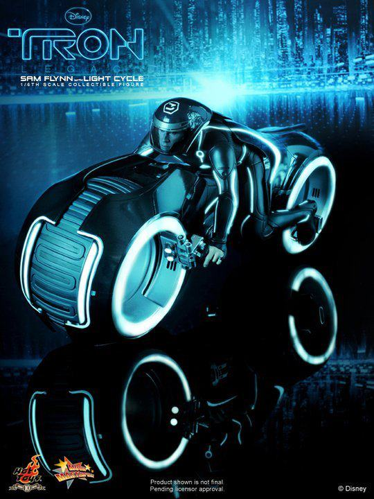 TRON LEGACY HOT TOYS SAM FLYNN light Cycle