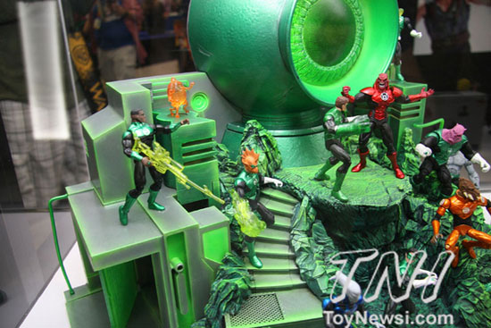 DC collectibles sdcc2012