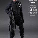 hot toys lt jim gordon SWAT1