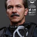 hot toys lt jim gordon SWAT3