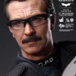 hot toys lt jim gordon SWAT8