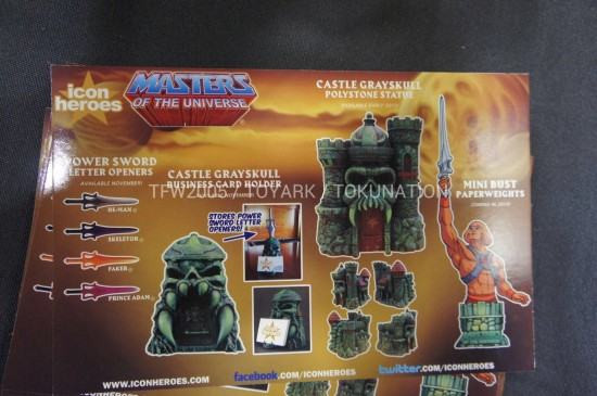 NYCC12-Castle-Grayskull-Statue-icon-heroes
