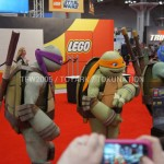 NYCC 2012 Cowabunga Les Tortues Ninja envahissent le stand Lego