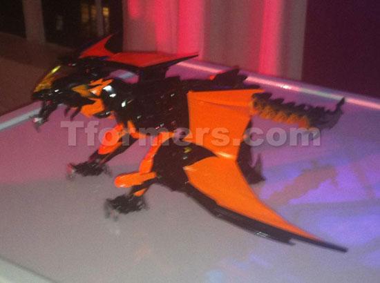 nycc2012 hasbro transformers beast hunters predaking