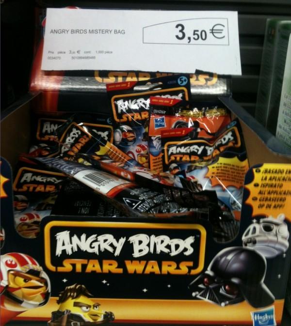 magasin en ligne 8b912 59794 De nouveaux Jouets et Produits Star Wars dans les magasins ...