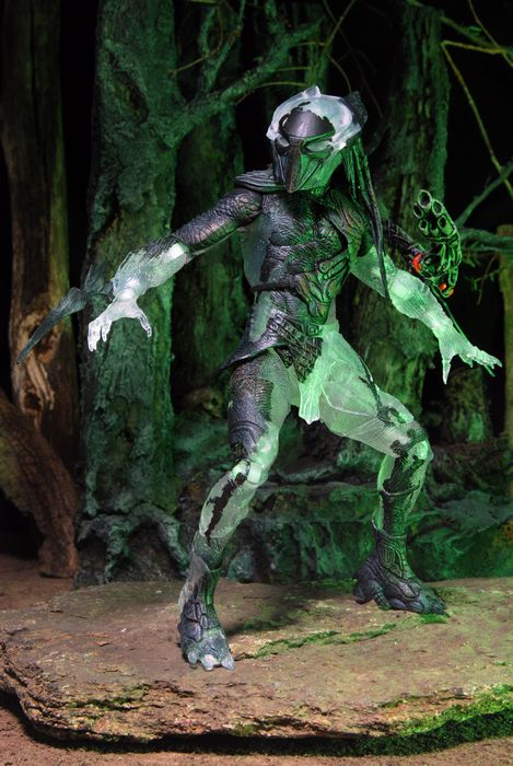 neca series set predator Falconer_02