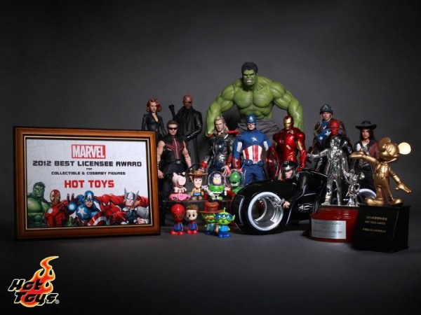 Hot toys disney marvel awards 2012