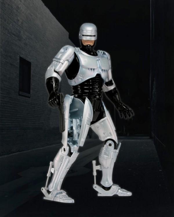 0003-42059_Holster_Action_Robocop_Bkg-800