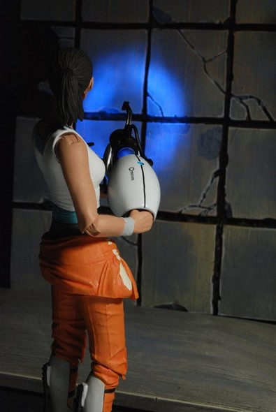 0002-chell-action-figure-web1