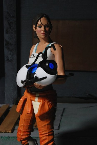 0003-chell-action-figure-web2