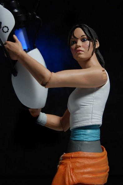 0005-chell-action-figure-web4
