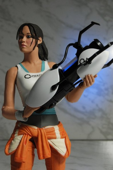 0006-chell-action-figure-web5