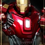 Iron Man 3 : Hot Toys prsente son Red Snapper (Power Pose)