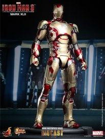 iron man hot toys mk xlii 1