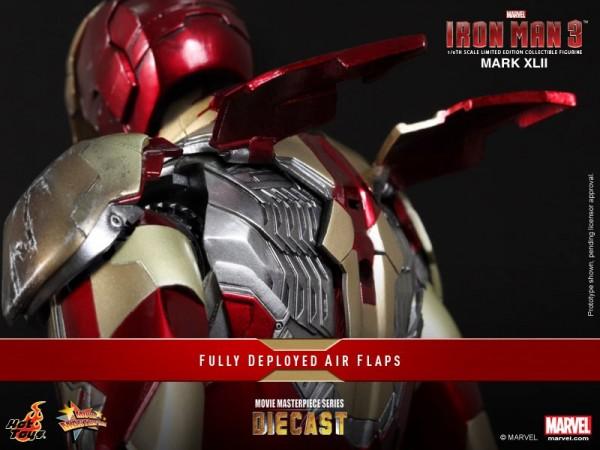 iron man hot toys mk xlii 12