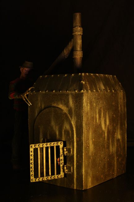 0005-freddy-furnace-diorama-4