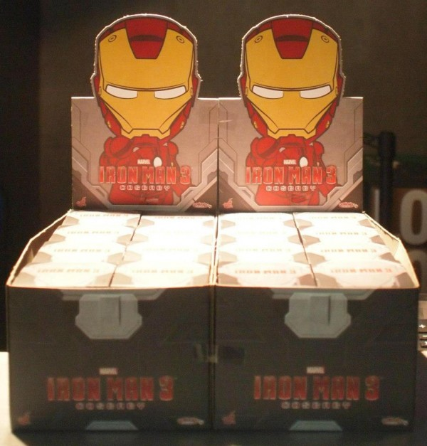 cosbaby hot toys display box iron man3