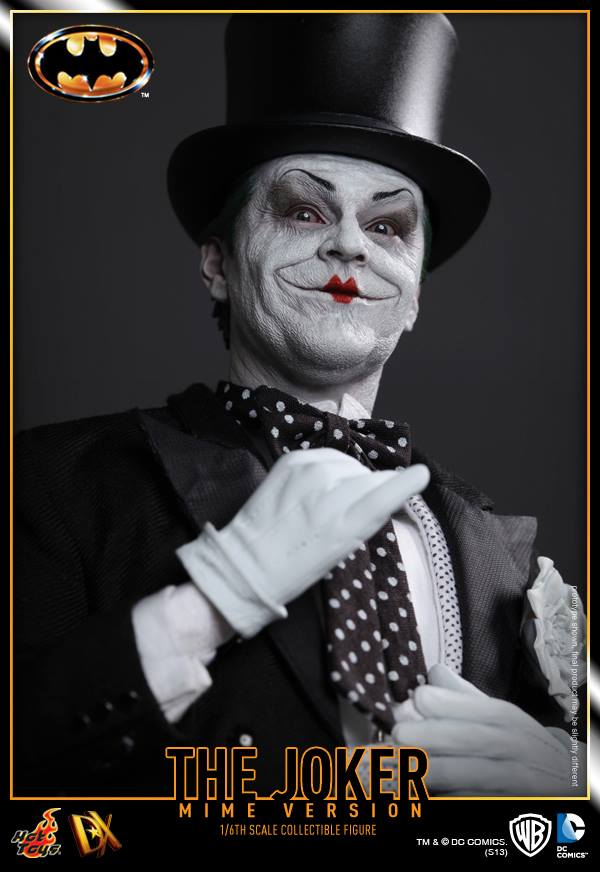hot toys batman joker mime version 10