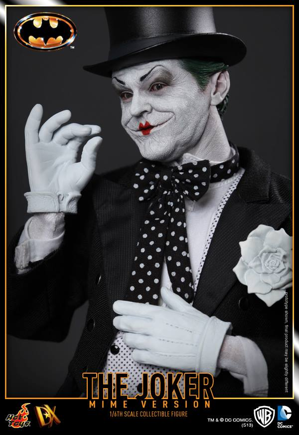 hot toys batman joker mime version 11