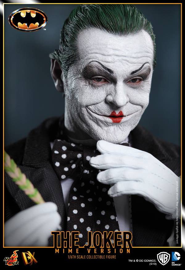 hot toys batman joker mime version 13