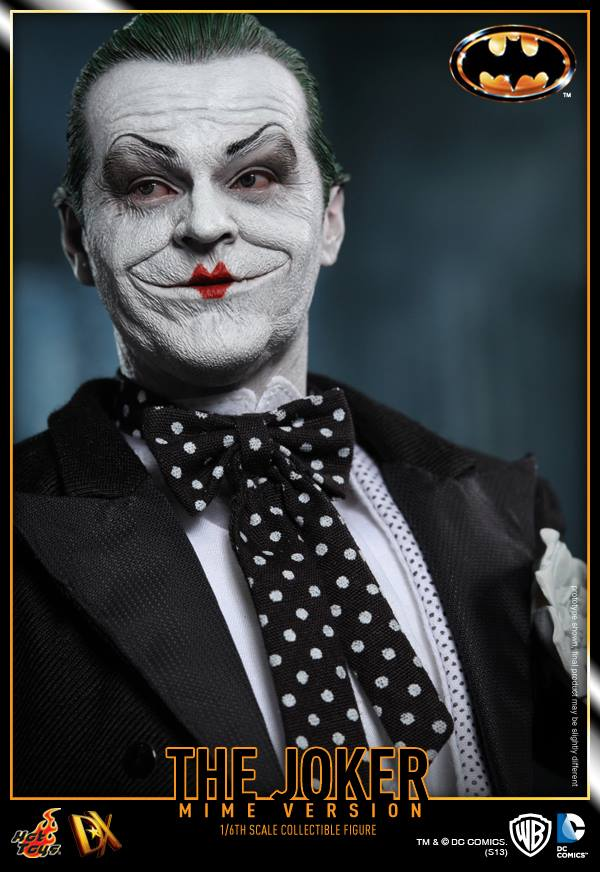 hot toys batman joker mime version 14