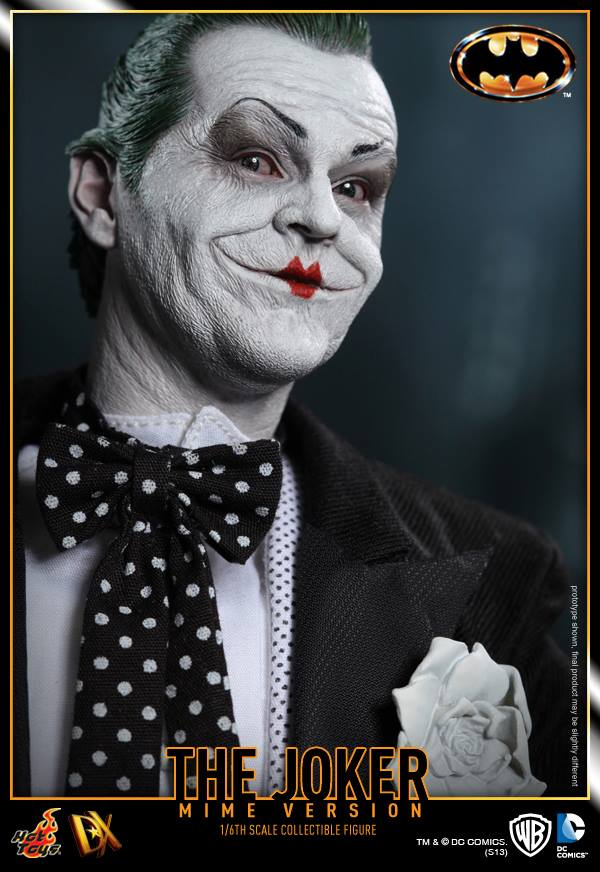 hot toys batman joker mime version 15