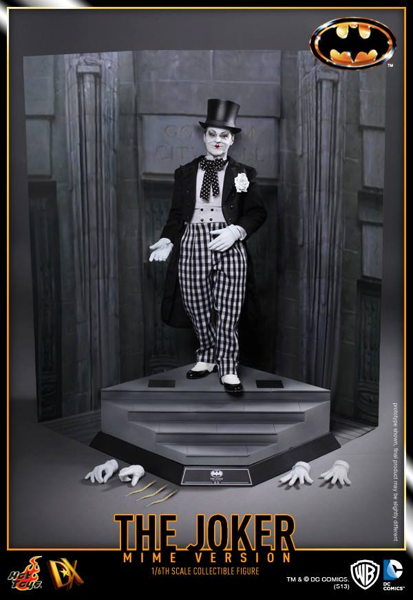 hot toys batman joker mime version 17