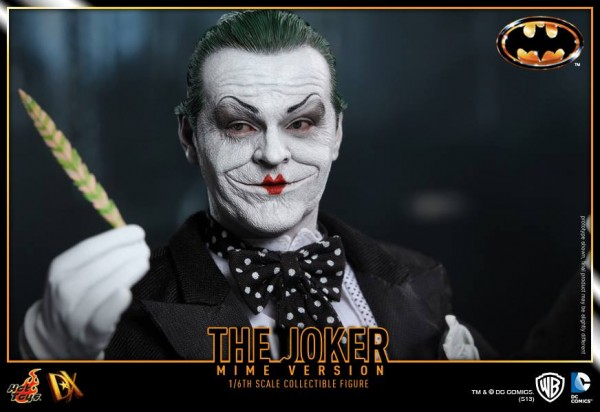 hot toys batman joker mime version 9