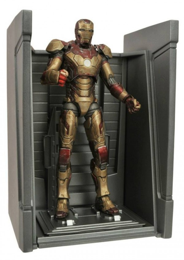 dst marvel select Iron Man battle damaged mk42 3