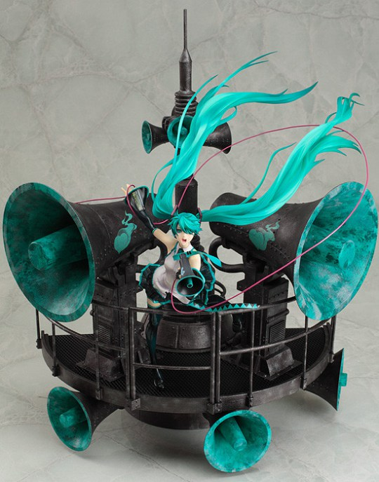 miku-hatsune-love-is-war-ver-dx