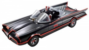 Batman-Adam-West-Batmobile-toys-r-us-sdcc-2013-600x343