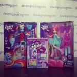 My Little Pony focus sur les poupées Equestria Girls Fluttershy et Raimbow Dash