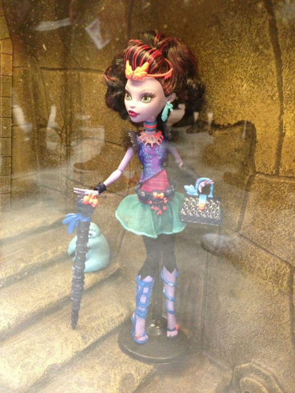 monster-high Jane Boolittle