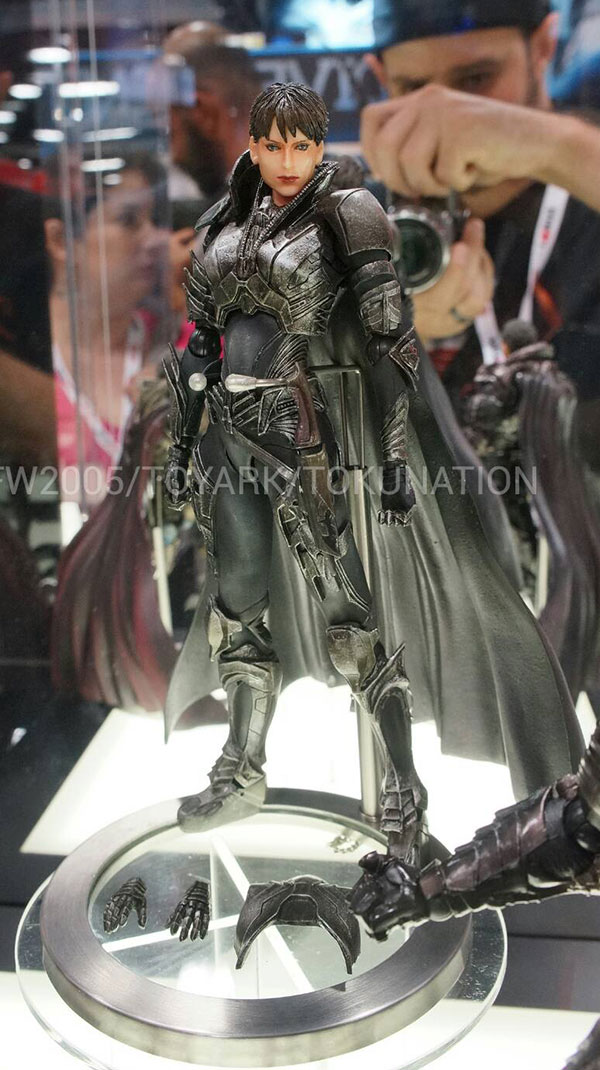 play-arts-kai-squareenix-(03)