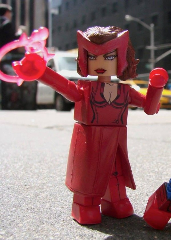 marvel minimates series 16 tru scarlett witch