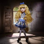 Ever After High Blondie Locks et Cerise Hood les images officielles