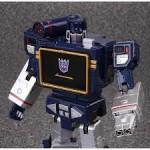 Review – Transformers – Masterpiece – MP-13 Soundwave & Condor