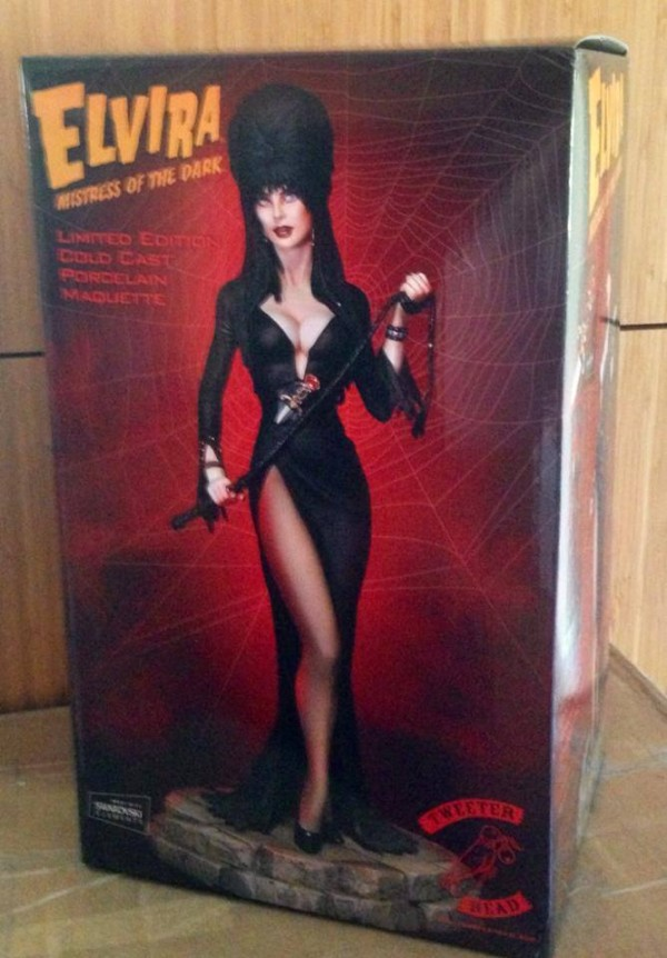 tweeterhead elvira packaging  1