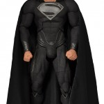 Man of Steel : Superman tenue noire 45cm par NECA